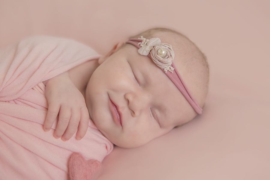 olivia-newborn-shoot-photographer-rugby-emma-lowe-blog