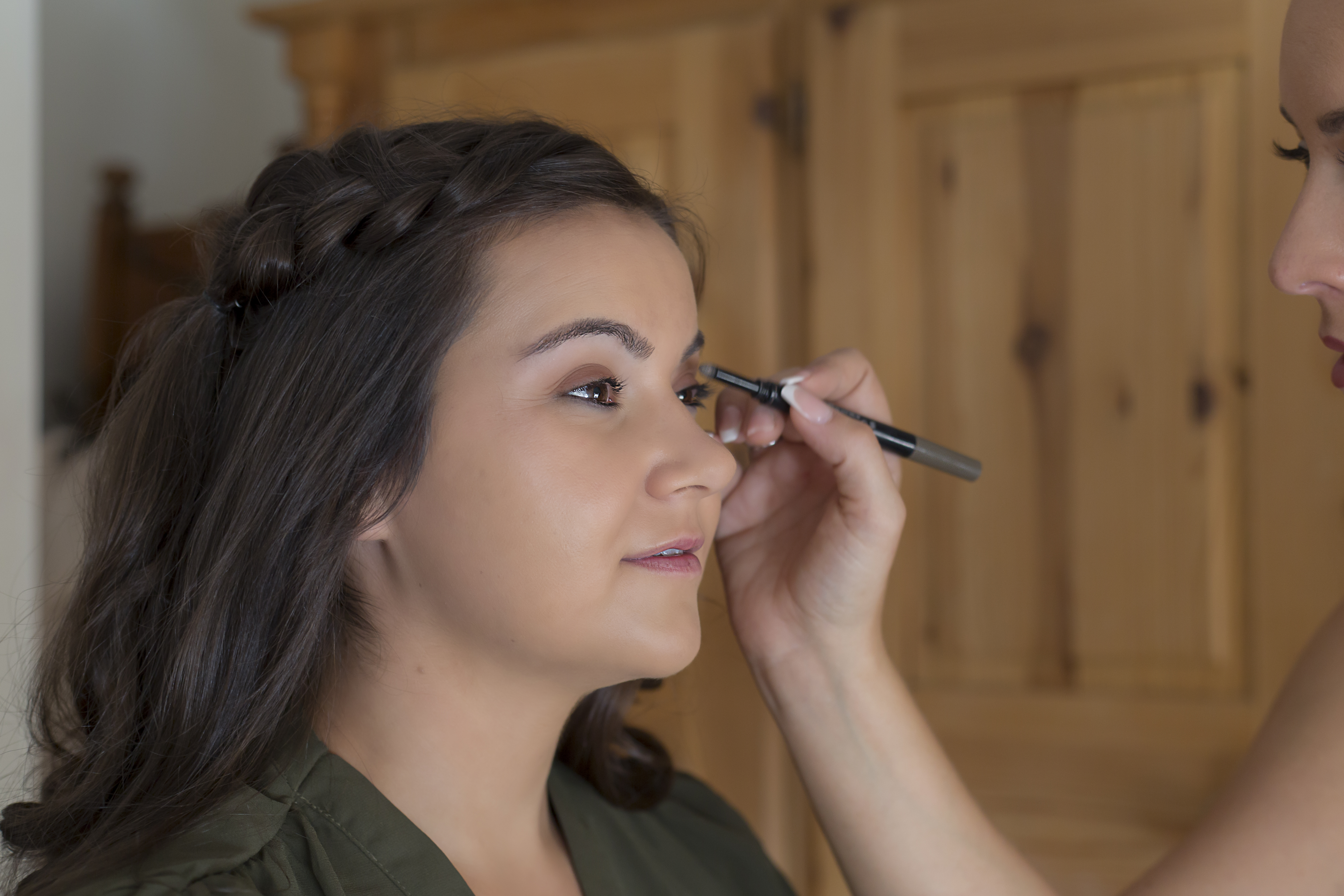 Wedding Make up Photographer in Rugby - Emma Lowe Photography