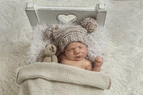 Newborn Photographer Emma Lowe