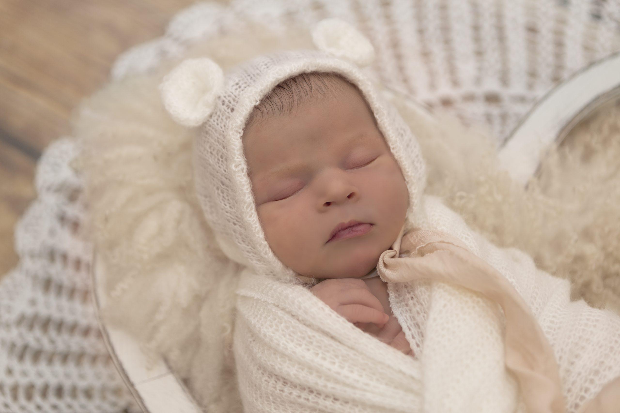 Newborn Photographer Emma Lowe Photography - Harper