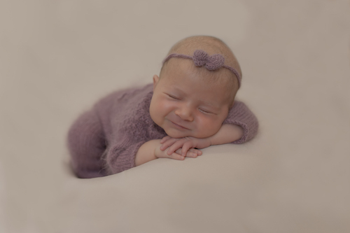 Emma Lowe Newborn Photographer - Annaleise -2021